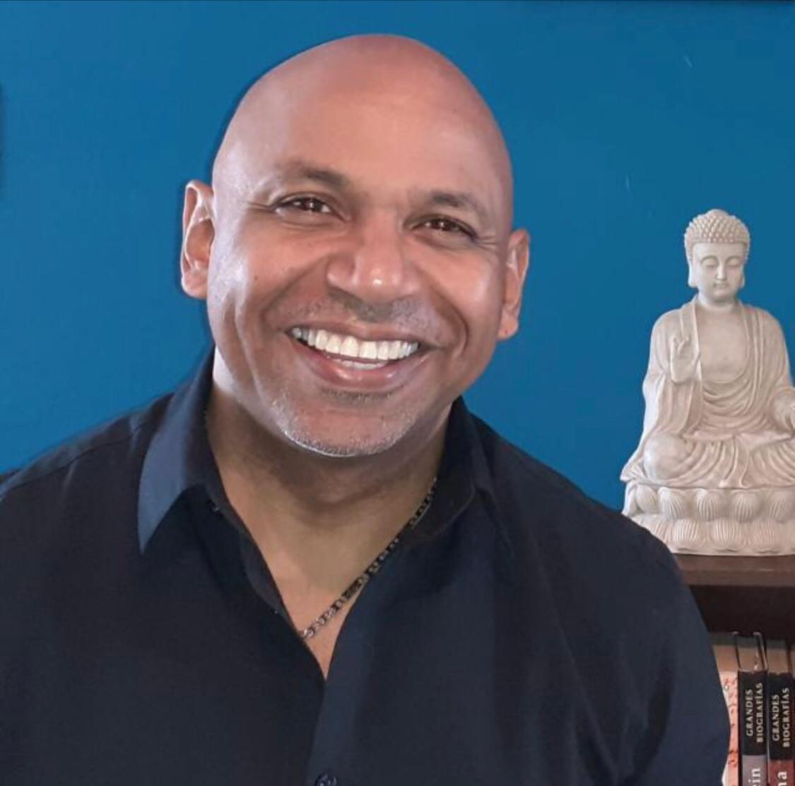 William Medina.  Director - Fundador de Mystico Revista